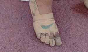 У филлипинки не было кроссовок, но она всё равно выиграла. Обувь она сделала сама