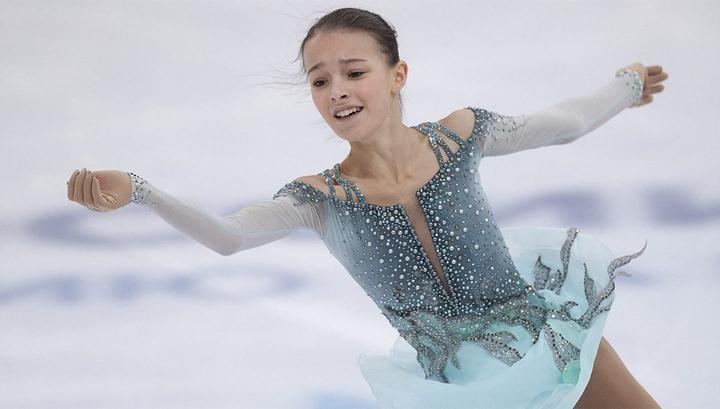 Анна Щербакова выиграла чемпионат России, превысив два мировых рекорда
