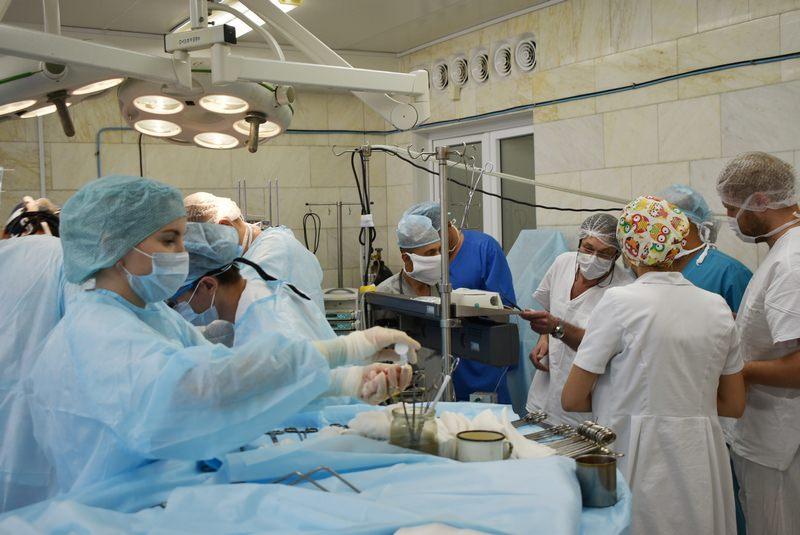 На Камчатке мужчина умер во время операции из-за дефицита  расходных материалов