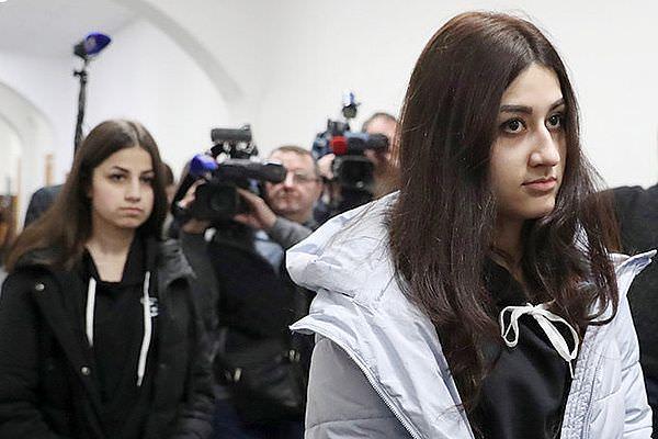 Сестрам Хачатурян изменят обвинение с убийства на самооборону