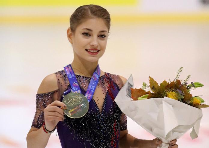 Россиянки взяли все призовые места на чемпионате по фигурному катанию в Австрии