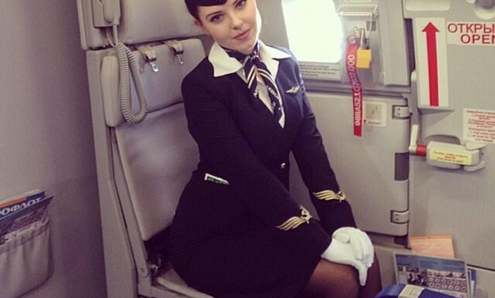 «Аэрофлот» заставил бортпроводников убирать салон после рейсов