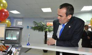 «Единая Россия» избавляется от оскандалившегося главы Чувашии