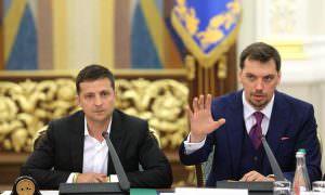 Зеленский отказался увольнять премьер-министра и дал ему шанс