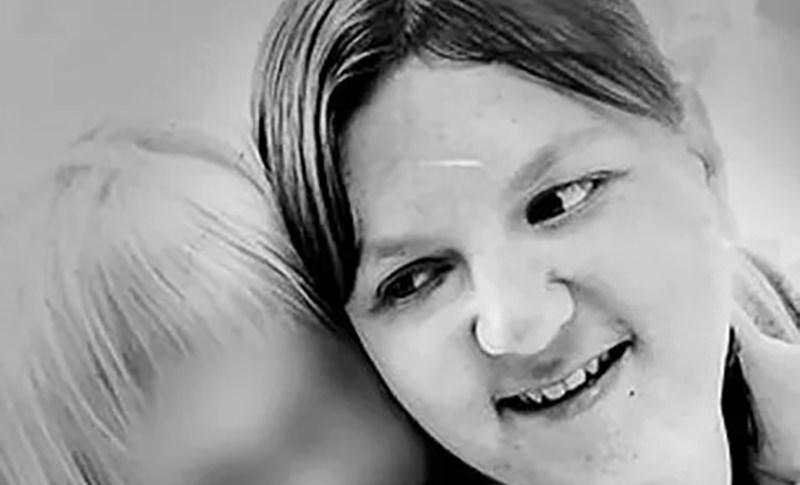 Мать двоих детей всю жизнь питалась чипсами и умерла от недоедания