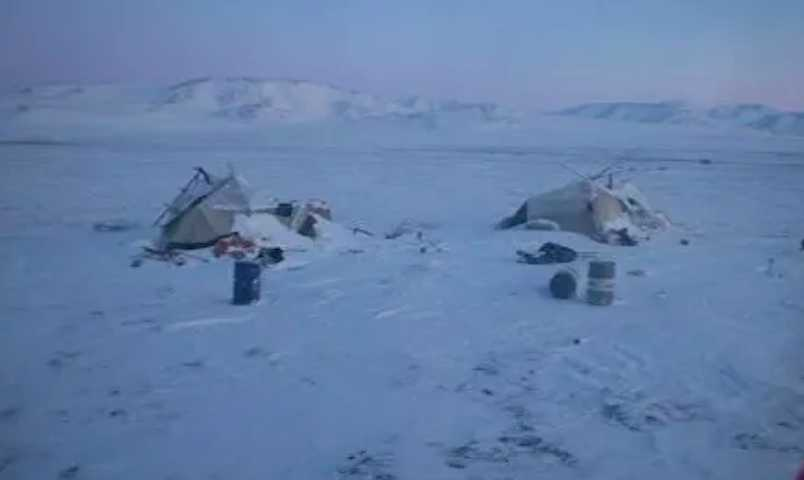 Чукотские спасатели нашли оголодавшего оленевода, который пропал 18 дней назад