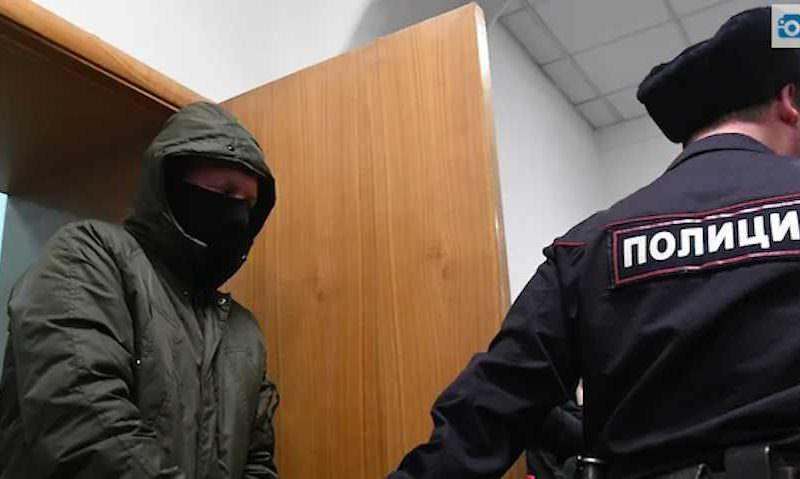 Басманный суд отправил за решетку двух экс-полицейских по делу Голунова