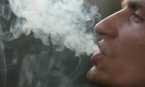 Подсчитана экономия бюджета в случае отказа россиян от курения