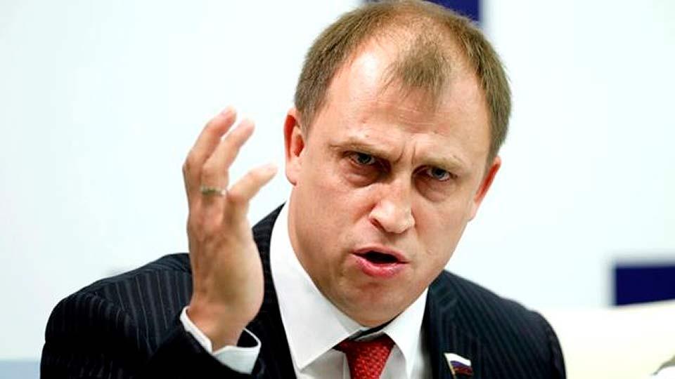 Депутат Госдумы предложил заставить домохозяек платить налоги