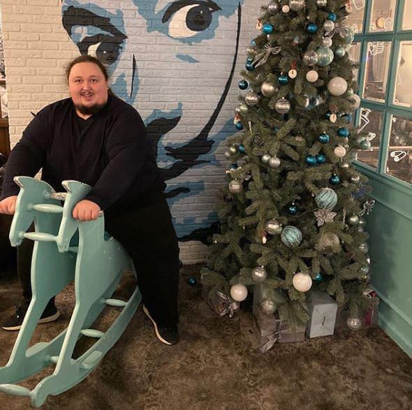 242-килограммовый сын Никаса Сафронова: «Я за бодипозитив, худеть не собираюсь»