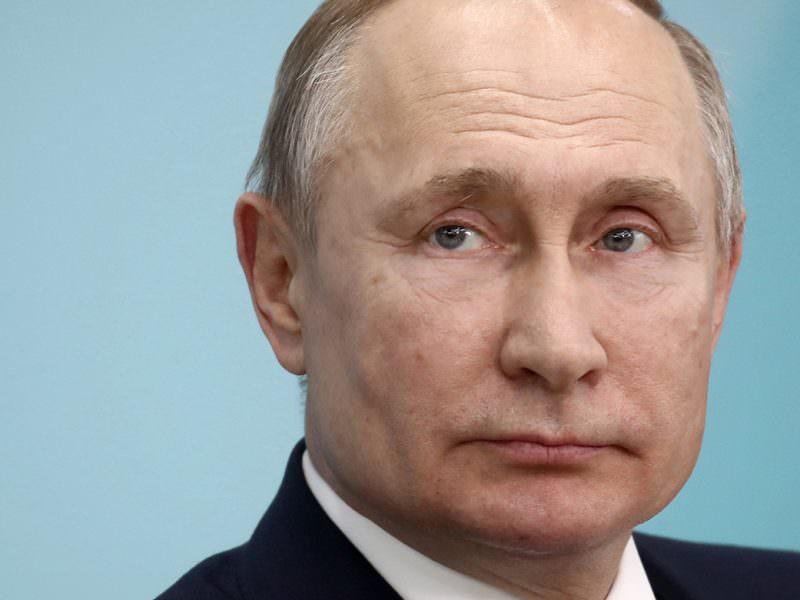 Путин: поправки в Конституцию не связаны с продлением полномочий президента