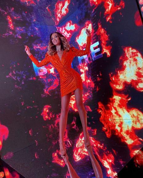 Бузова устроила «огненный» девичник-вечеринку в честь дня рождения