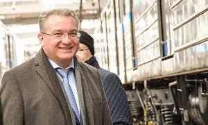 Вице-мэр Екатеринбурга поскользнулся, и чиновникам устроили выволочку за плохую уборку