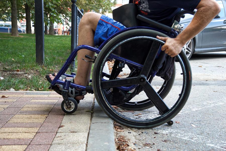 Российским инвалидам усложнят жизнь