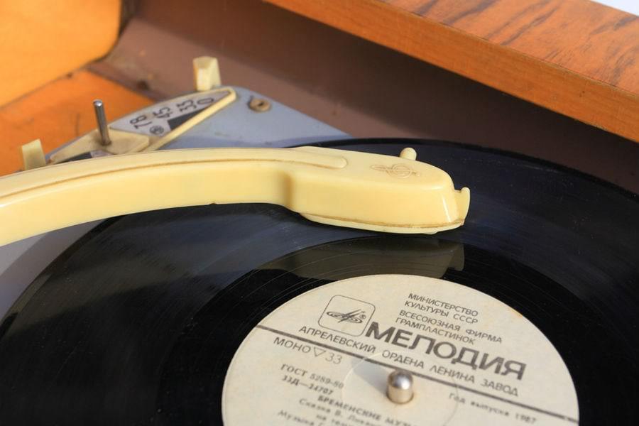 Легендарную студию звукозаписи «Мелодия» продали частной компании