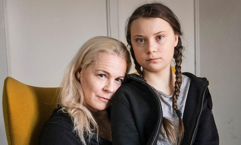 «Она медленно исчезала…»: мама Греты Тунберг посвятила книгу странностям дочери