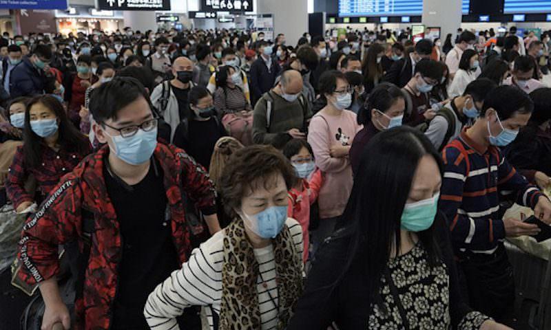 Началась эвакуация россиян из Китая: число заболевших коронавирусом перевалило за 11 тысяч человек
