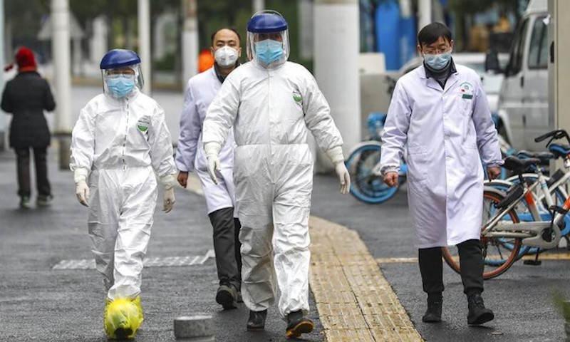 Динамика коронавируса на 8 февраля: умер первый иностранец в городе Ухань
