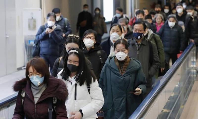 Вылечившиеся от коронавируса китайцы начали повторно заражаться инфекцией
