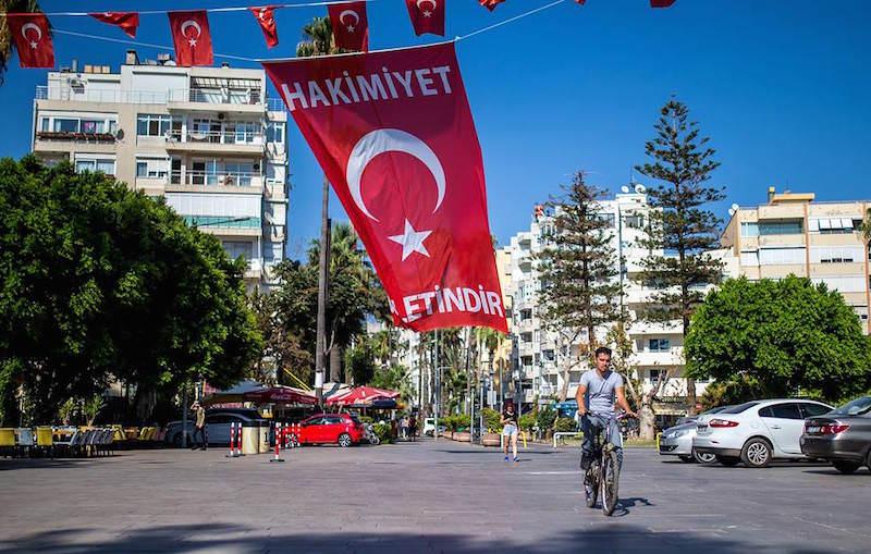 Турецкие курорты готовы перейти на расчеты в рублях с туристами из России
