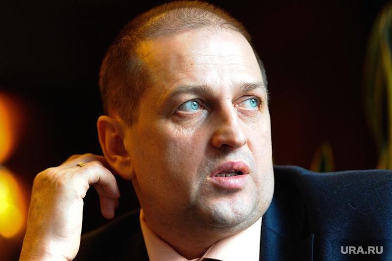 Экс-мэр Златоуста пообещал «выбить тату на лбу» министру за трусость и ложь