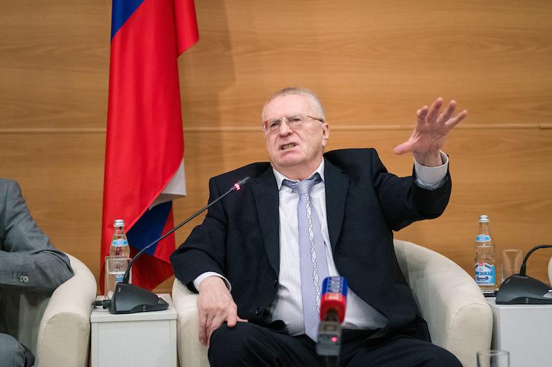 Жириновский предложил платить пособие неработающим россиянкам