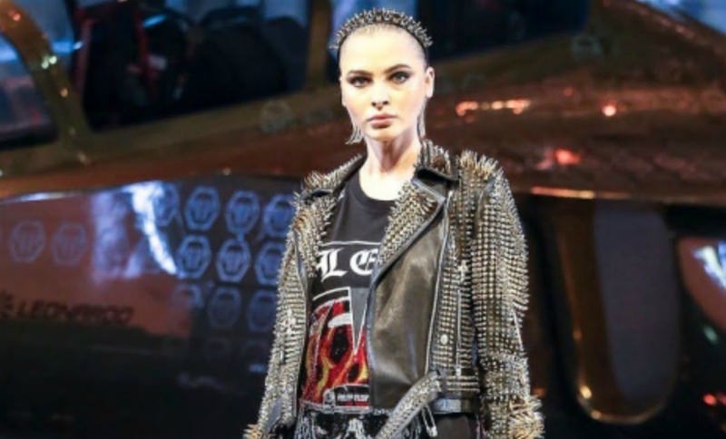 Алёну Шишкову высмеяли за позор на Неделе моды в Милане