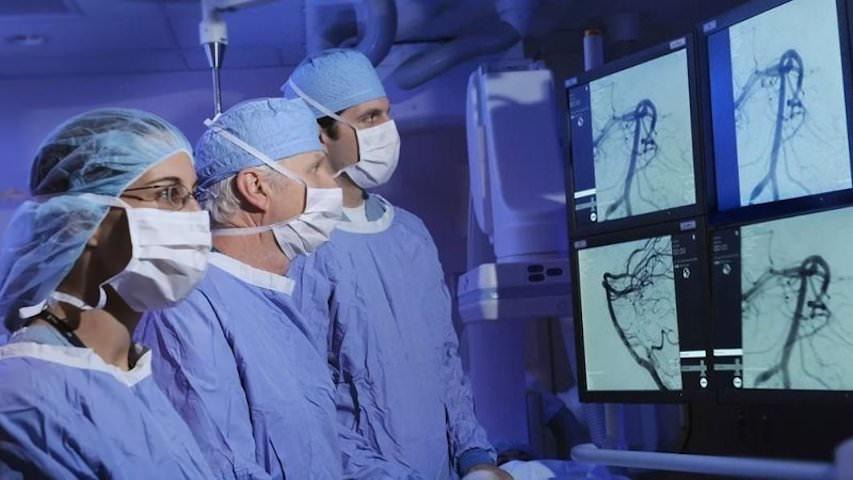 «Больные пусть умирают…»: хирург поставил губернатору Камчатки ультиматум