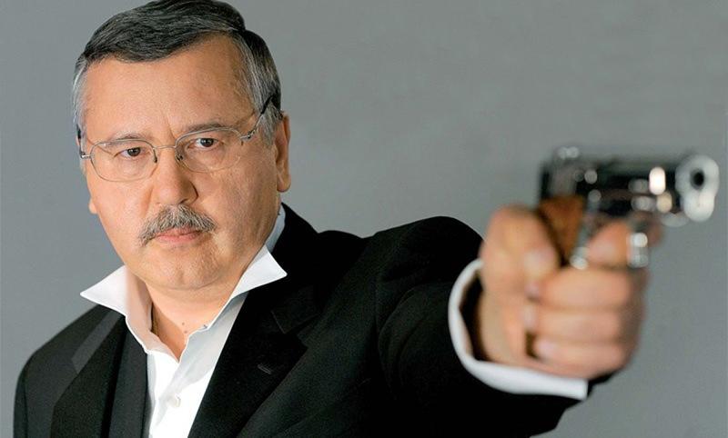 Бывшего министра обороны Украины осудили на 6 лет колонии