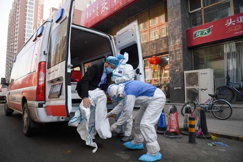 У 14 эвакуированных с круизного лайнера американцев обнаружили коронавирус