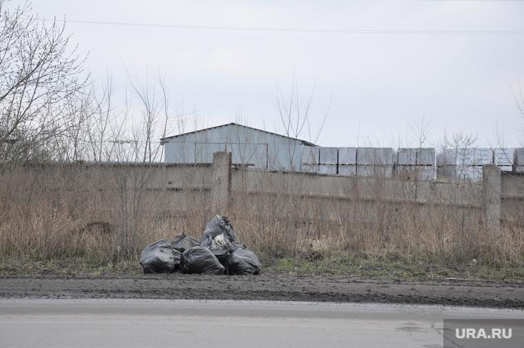 Жителям сел прислали квитанции на оплату вывоза мусора, а про контейнеры забыли