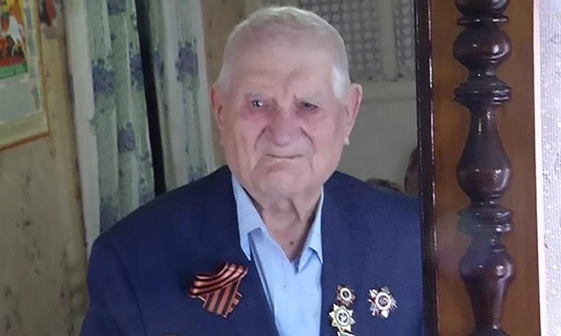 97-летний ветеран живет в доме без водопровода и туалета