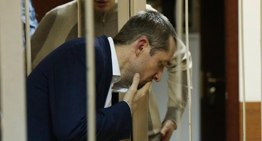 Полковник-миллиардер Захарченко дал совет по борьбе с такими взяточниками, как он
