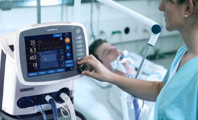 На всякий случай: богатые россияне скупают аппараты для вентиляции лёгких за 2 млн рублей