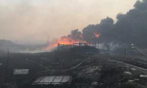При тушении гигантского пожара в Ростове-на-Дону погиб сотрудник МЧС
