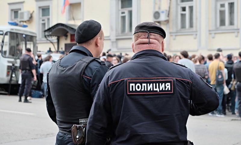 В Москве прогремели выстрелы – полицейские ранили 32-летнего Магомеда Устарханова