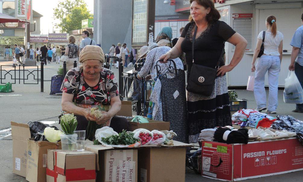 Денег хватит на месяц: больше половины россиян оказались без сбережений в кризис