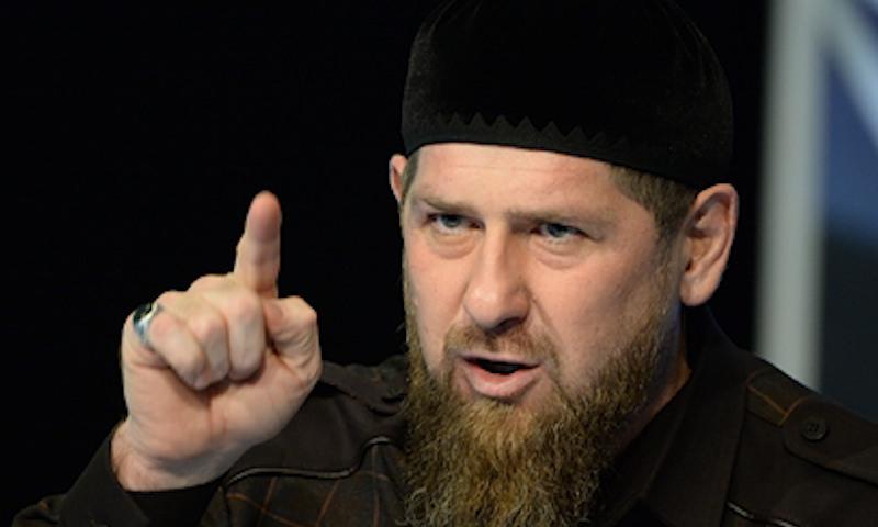 «Ты и так умрешь!»: Кадыров объяснил, почему не надо бояться коронавируса