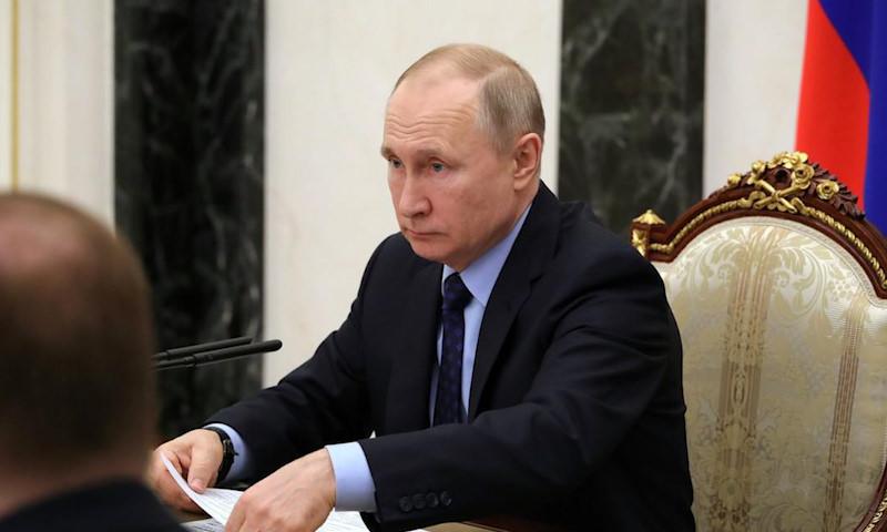Путин сказал, сколько надо зарабатывать в России, чтобы стать средним классом