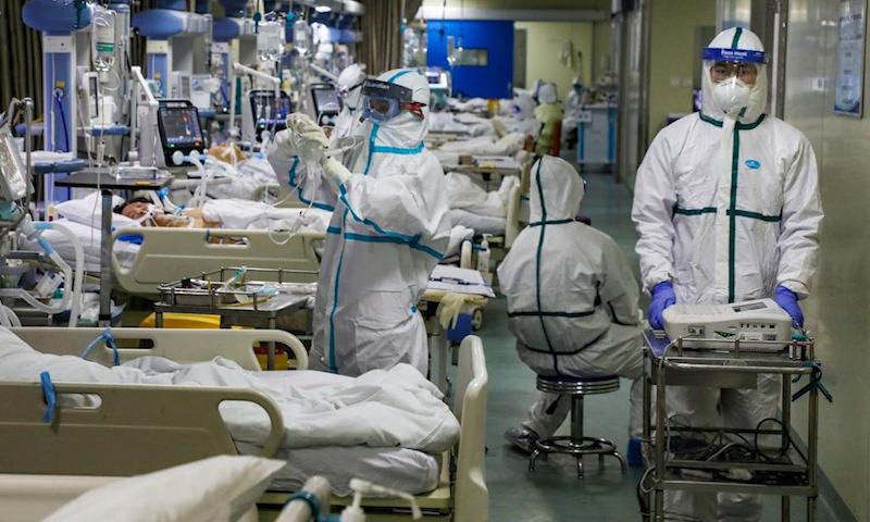 Число заболевших коронавирусом в России перевалило за 430