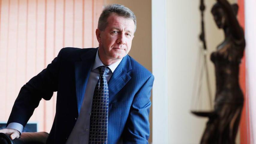 Президент уволил замдиректора ФСИН, которому хотелось со стыда провалиться под землю