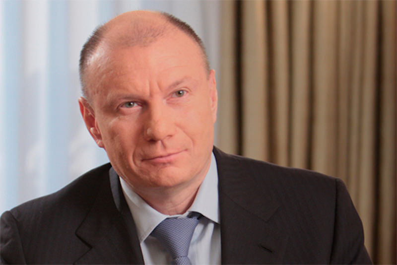 Российский бизнесмен жертвует 1 млрд рублей на поддержку незащищенных граждан и культуру