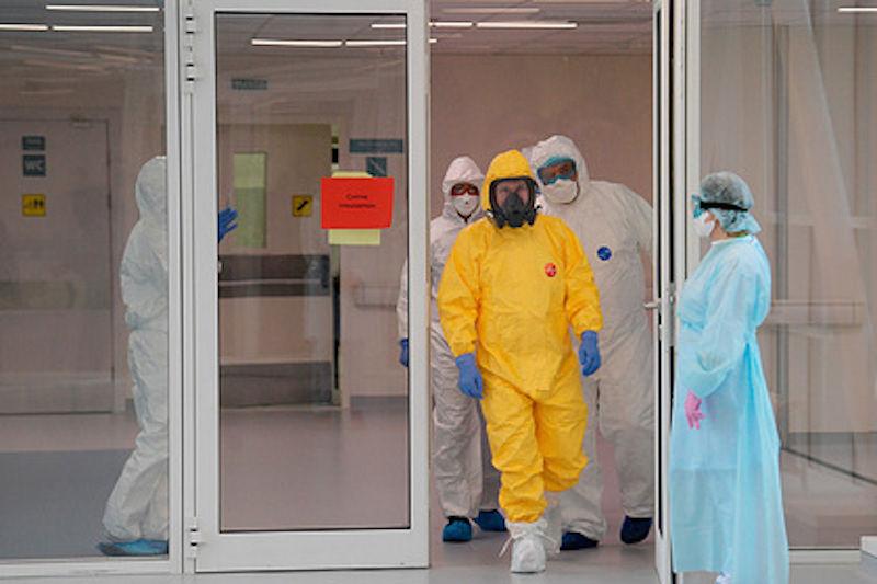 Стало известно, будет ли Путин прививаться от коронавируса