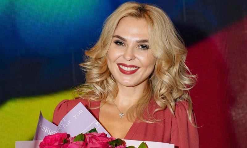 Пелагея получила звание заслуженной артистки России