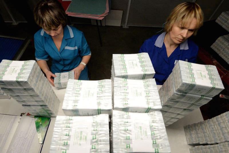 Пусть падает до $25: денег в ФНБ России хватит на десять лет