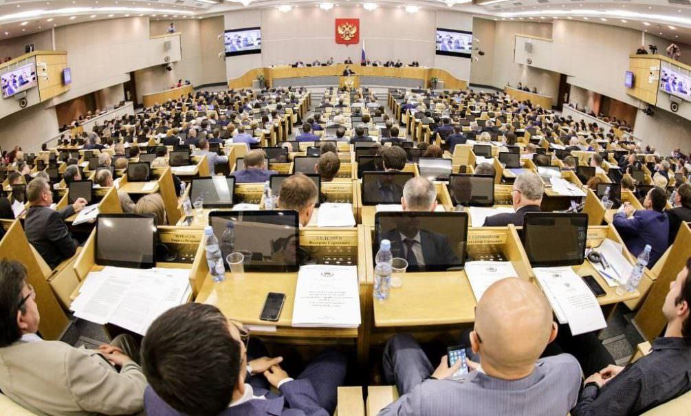 Депутаты задумали штрафовать россиян на 2 млн и сажать на 7 лет за нарушение карантина