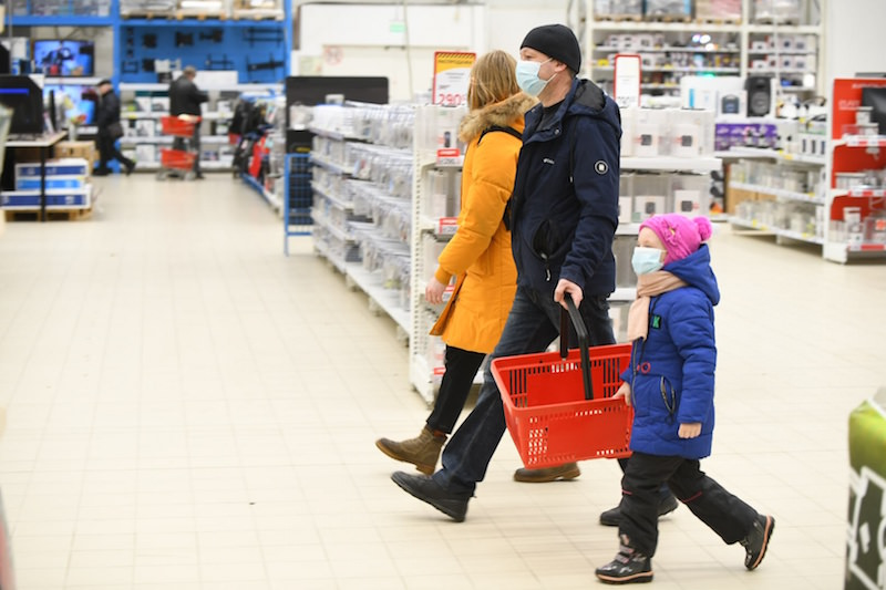Есть свечи и мыло: правительство утвердило список товаров первой необходимости при пандемии