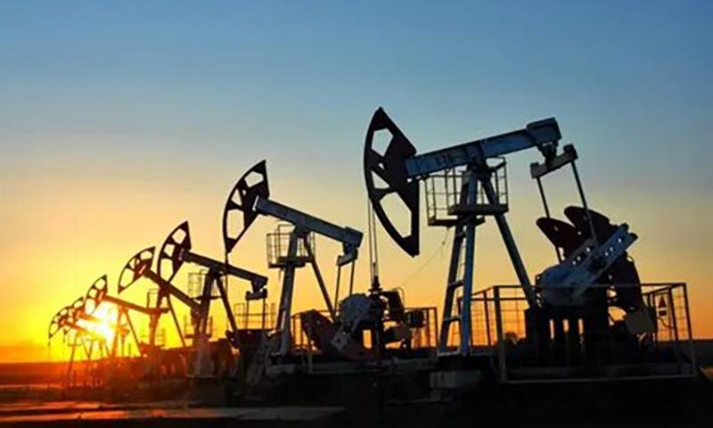 Возвращение в 2003-й: цены на нефть упали ниже $27 за баррель