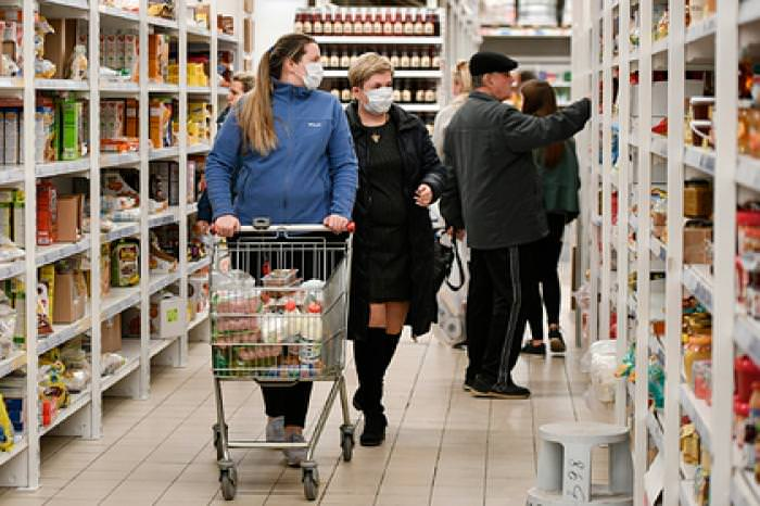 Россияне запаслись продуктами на 3,5 месяца вперед