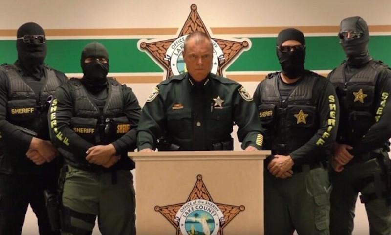 Полицейские США попросили преступников отложить